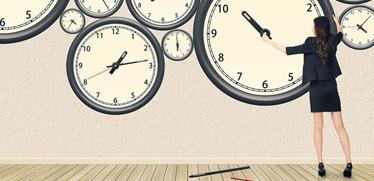 Excel vs クラウド ここまで変わる!? 勤怠管理の作業効率を検証!