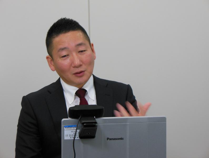 上場体験談を語るオンデック 代表取締役社長 久保氏