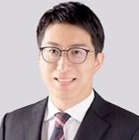 ブリッジコンサルティンググループ株式会社<br>マネージャー/公認会計士<br>山本 雄三氏