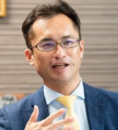名南M&A株式会社<br>代表取締役社長 中小企業診断士/宅地建物取引士<br>篠田 康人氏