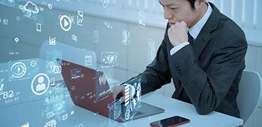 「ペーパーレス化」「脱ハンコ」もラクラク実現!「業務のデジタル化」がもたらすメリットと進め方